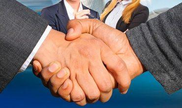 acuerdo-manos-empresario